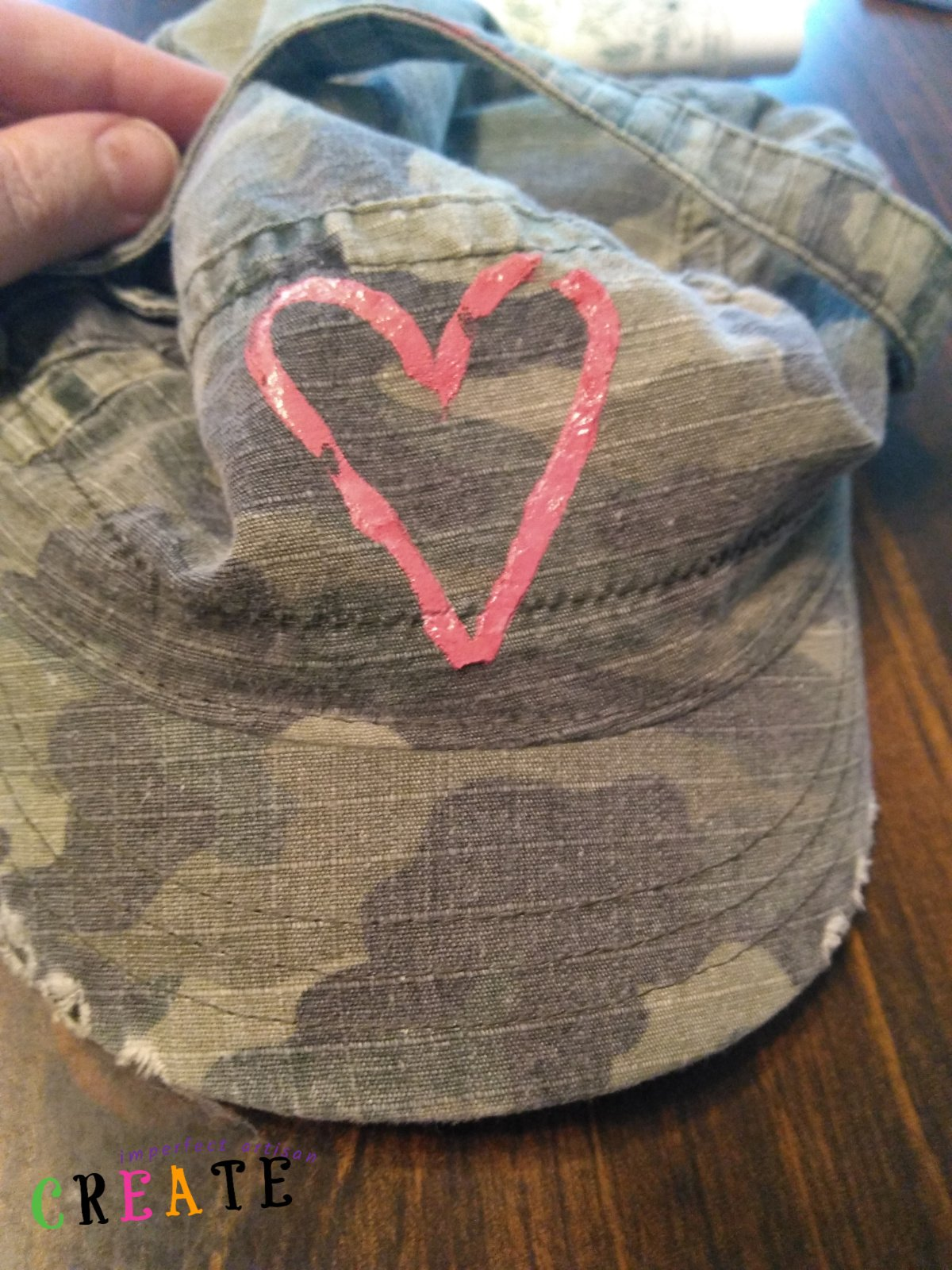 Stencil a Fabric Hat with Gel Ink